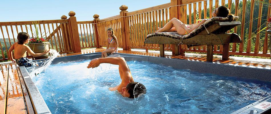 Swim_Spa_famliy